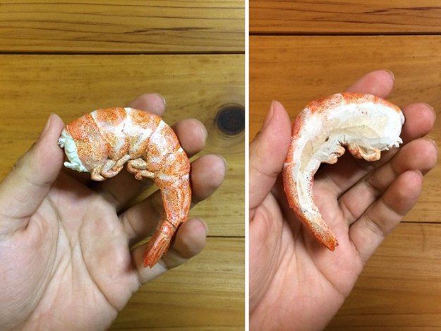 believe-it-or-not-these-yummy-looking-foods-are-all-carved-from-wood-07