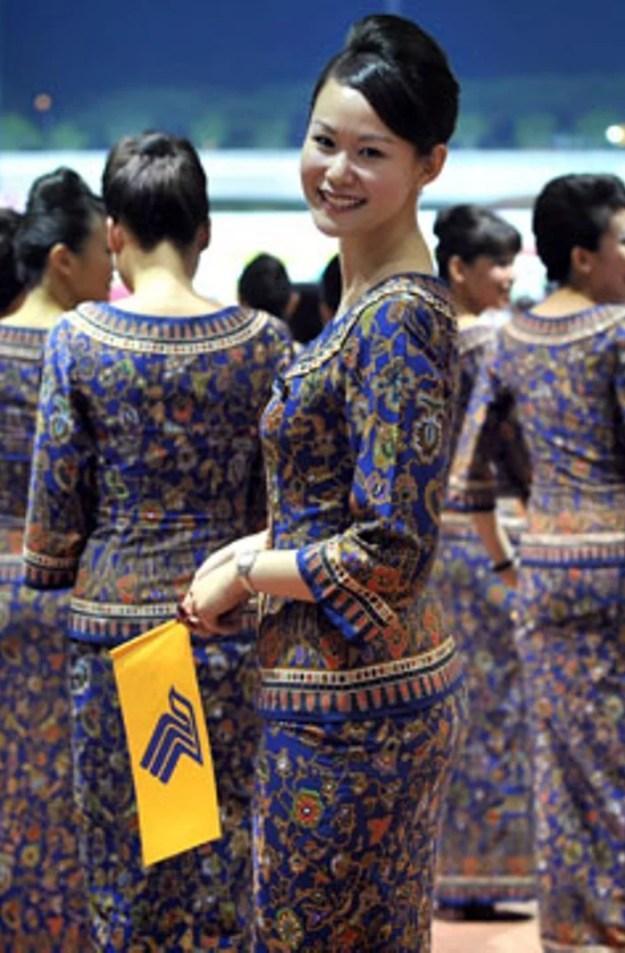 hottest-flight-attendants-stewardesses-2-singapore-airlines