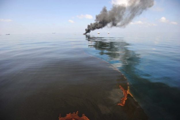 BP Oil Spill – $60.9 Billion | 8 Most Expensive Mistakes The World Has Ever Made | Brain Berries