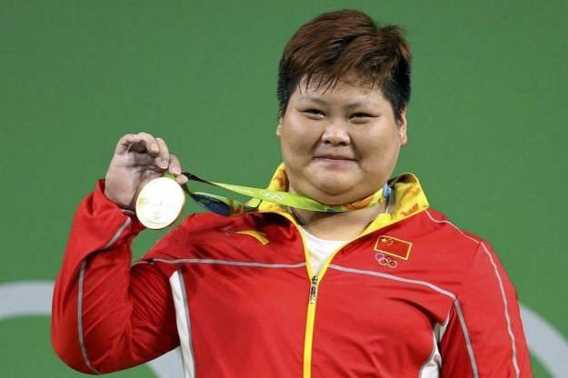 Meng Suping | 10 das mulheres mais fortes do mundo | Braine Berries