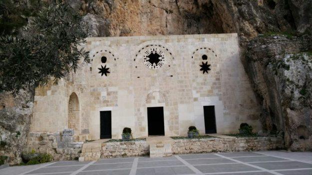 Cave Church of St. Peter, Hatay, Turkey exterior   17 Astonishingly Beautiful Cave Churches Around The World   Brain Berries