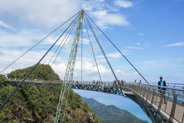 Langkawi Sky Bridge, Malaysia | 6 Most Picturesque Bridges in the World | Brain Berries