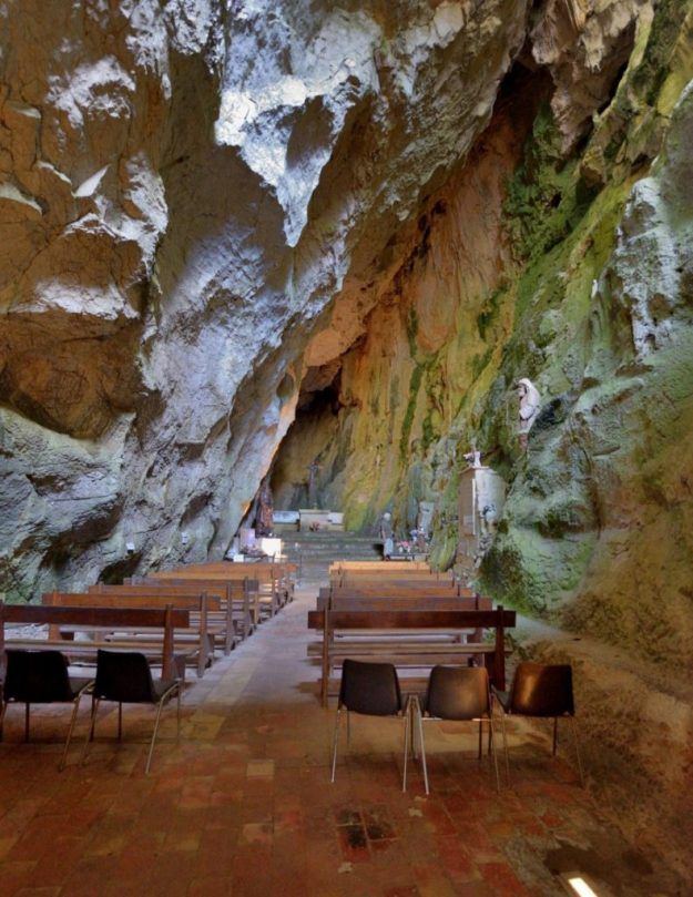 Troglodyte chapel at the bottom of the Gorges Galamus, France   17 Astonishingly Beautiful Cave Churches Around The World   Brain Berries