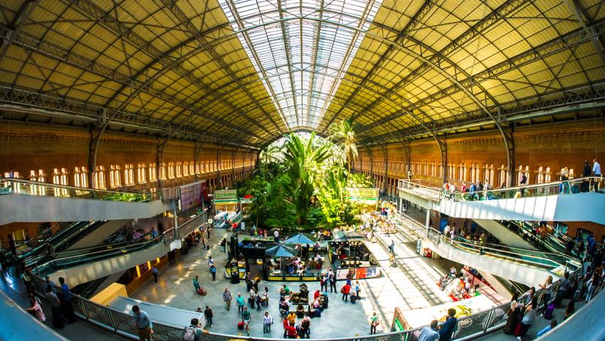 محطة اتوتشا ، مدريد من الداخل    سبع محطات قطارات شهيرة في العالم    التوت الدماغ