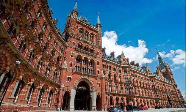 St. Pancras International, London | 7 Most Asntonishing Train Stations in the World | Brain Berries