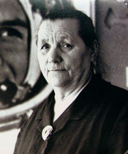 Анна Тимофеевна Гагарина | Знаменитые мужчины, как две капли воды, похожие на своих матерей | Brain Berries