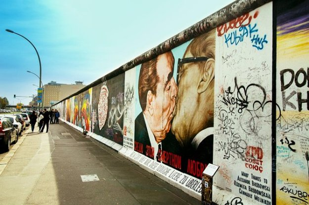 Berlin Wall | 12 Most Iconic Photography Locations | Brain Berries