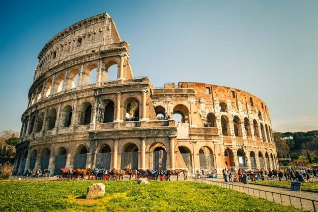 Coliseum, Rome | 12 Most Iconic Photography Locations | Brain Berries