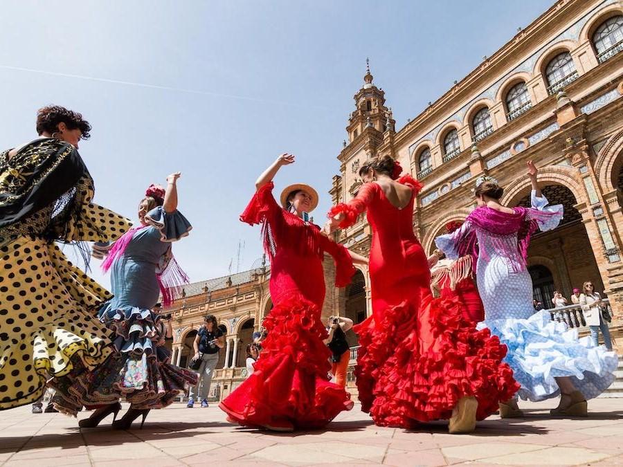 إسبانيا |  10 دول تتمتع بأكبر قدر من المرح!  |  التوت الدماغ