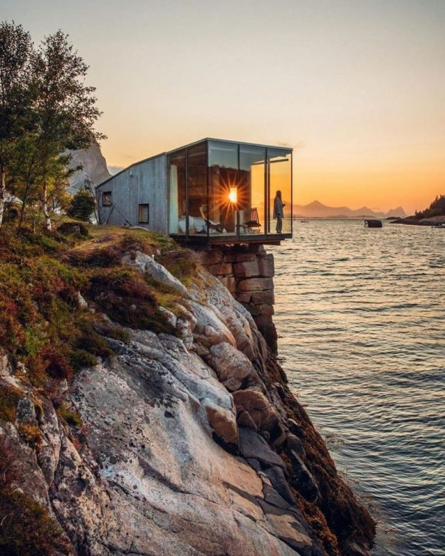Not Sure Where To Spend Your Next Vacation? Check Out Manshausen Island #10 | BrainBerries