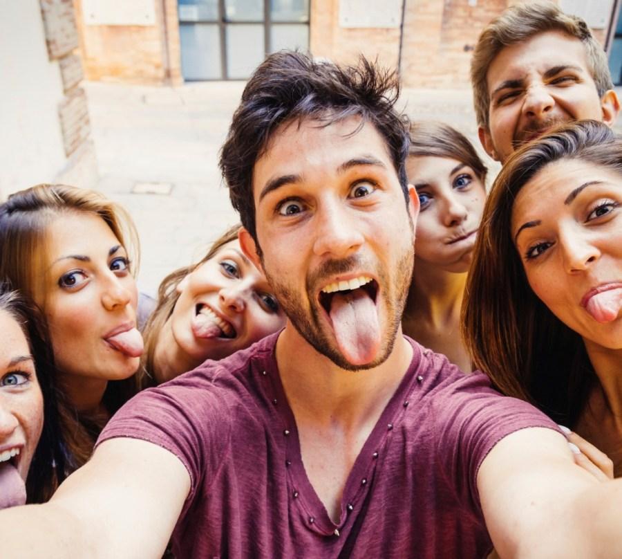 جيل الألفية لا يفكر إلا في أنفسهم |  5 أشياء تعتقد أنها ليست صحيحة عن جيل الألفية |  التوت الدماغ