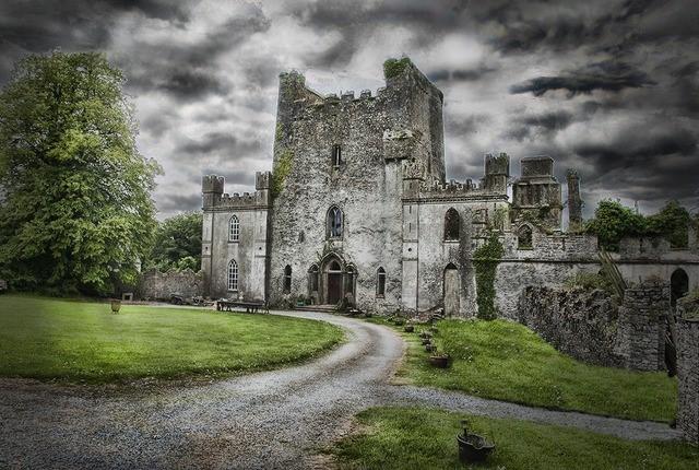 قلعة ليب ، أيرلندا |  أكثر 9 قلاع مسكون رعبًا في أوروبا |  التوت الدماغ