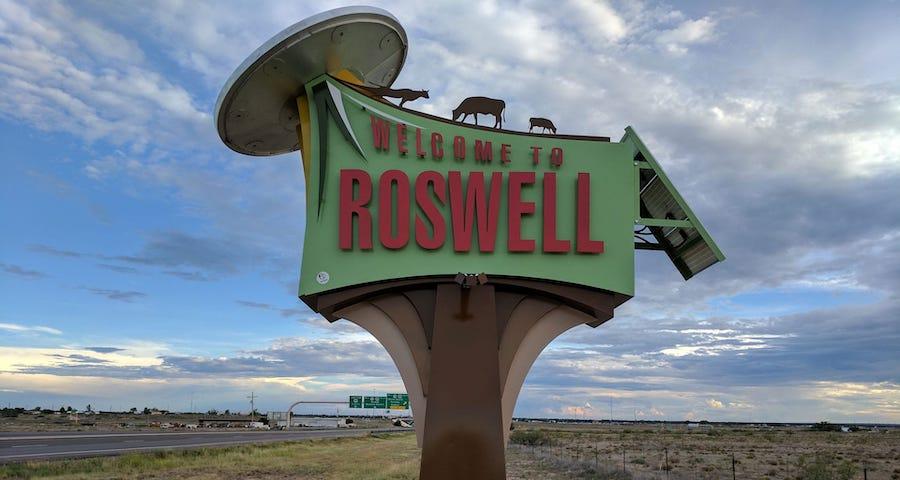 روزويل |  8 من أشهر مشاهد الأجسام الطائرة المجهولة في التاريخ |  التوت الدماغ