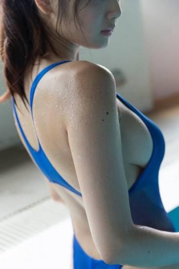 片山萌美 - 史上最美貂蟬日職開球出手前彎腰深V露乳溝、霸氣側乳火辣性感誘惑、日本小姐修長美腿,航母級美乳,療癒系笑容