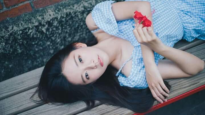 陳晚玩 (陳芷妧) - 成大法律系氣質正妹校花、清純甜美清新氣質破表、成大趙薇勵志小妖精