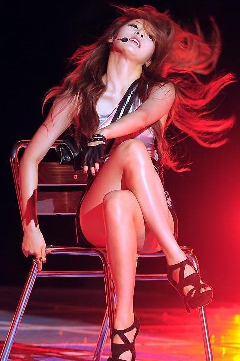金泫雅 - 南韓性感可愛小野馬回來辣秀比基尼、骨盆舞性感爆表新女神、4minute、Wonder Girls運動辣妹柳腰美人