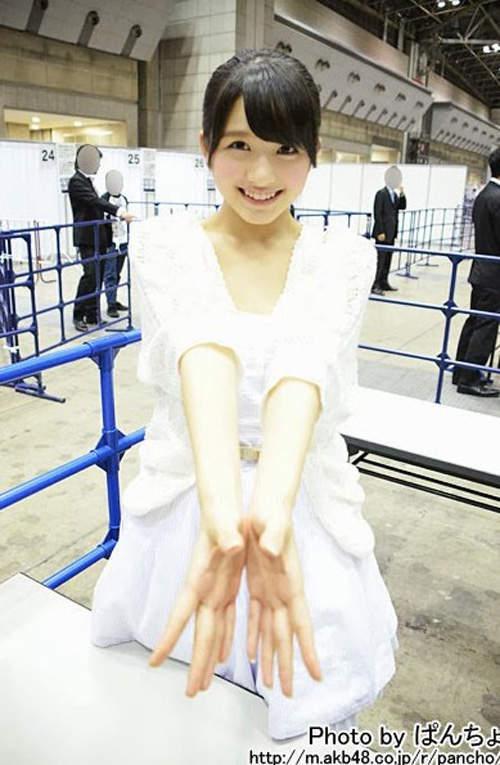 大和田南那 - AKB48又遇變態粉疑受騙簽名在飛機杯、超強美少女氣質脫俗超新星、今昔對比日本網友悲報育成大失敗