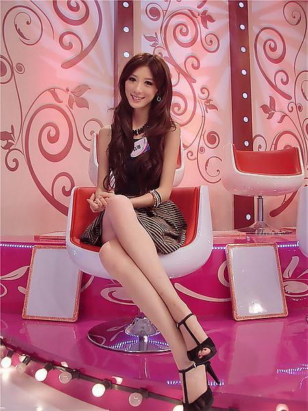 高珊 - 上海小林志玲、時尚模特車模冠軍