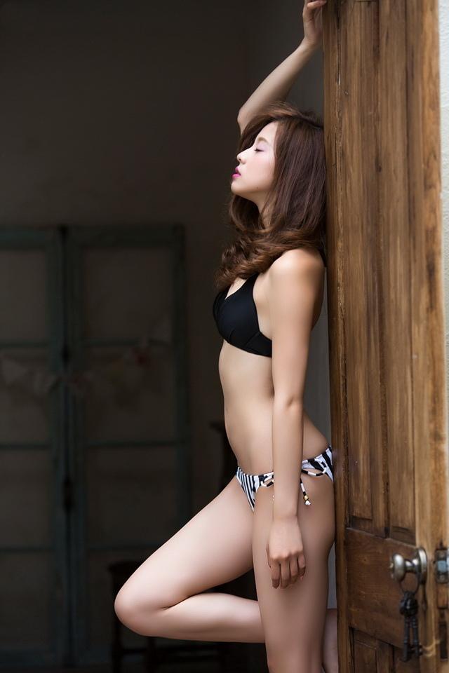 朝比奈彩 - 九頭身寫真女優、超完美比例長腿美姬、三愛水著女郎纖腰長腿無雙BODY