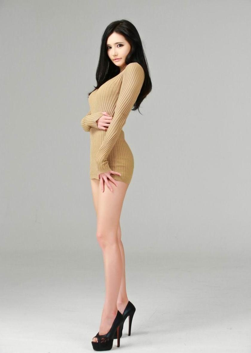 韓佳恩 - 南韓最美極品車模Alice蜂腰長腿甜美性感爆紅、絕美外貌超強氣場完勝大明星、完美S曲線與甜美笑容絕對讓你受不鳥