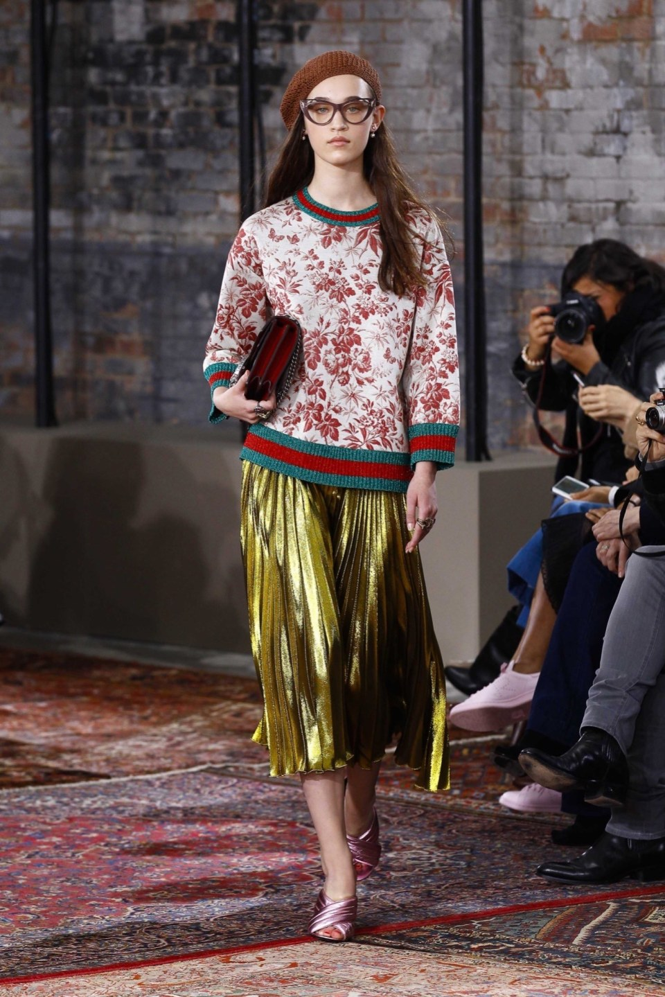 best-looks-of-the-gucci-cruise-collection-2016-05