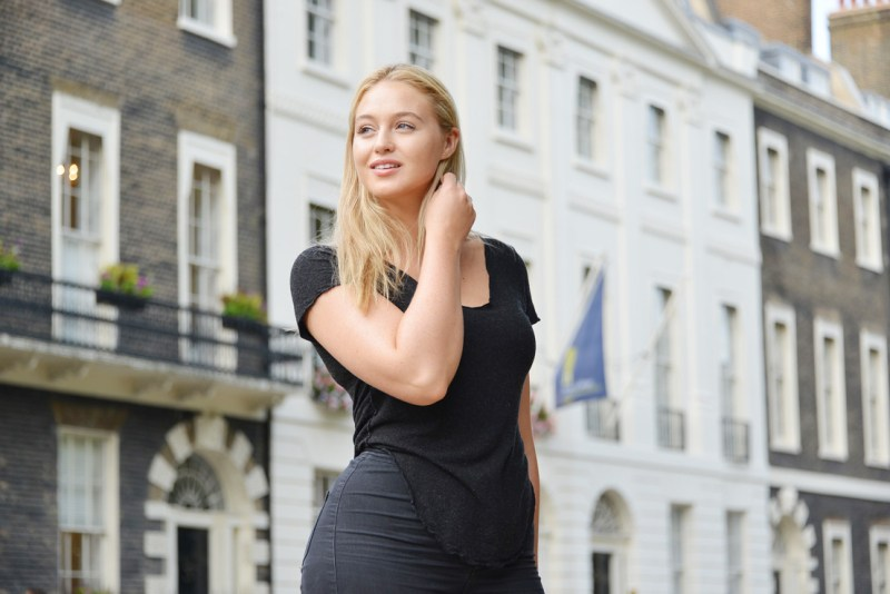 -10 Hottest Things You Should Know about  Iskra Lawrence  2