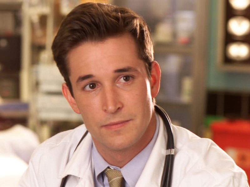 10-hottest-tv-doctors-of-all-time1
