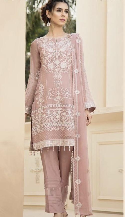 Pha trộn giữa phong cách Phương Tây và Ấn Độ  #2 | 15 gợi ý phong cách thời trang của phụ nữ Á Đông | Her Beauty