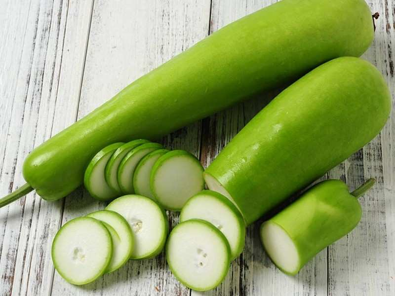 Lauki (Bottle Gourd) | 11 Best Foods To Eat In The Rainy Season | Her Beauty