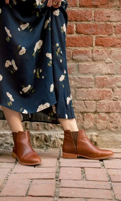 Chelsea booties #2 | 7 Wardrobe Staples You'll Wear ALL of 2019 | Her Beauty