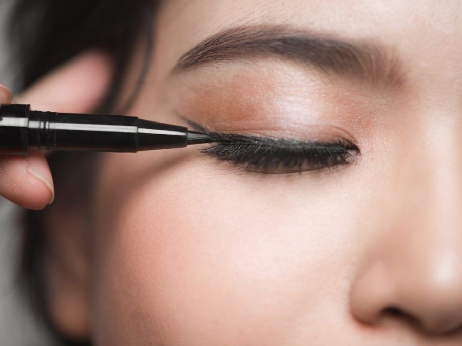 liquid liner to the upper waterline of your eyes | How To Apply Mascara Like A Pro | Her Beauty