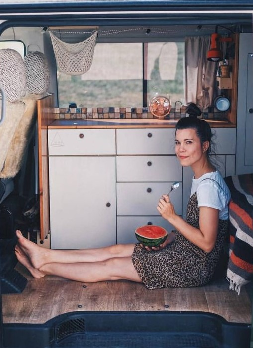 Stop wasting your money on stuff| 8 Daily Habits That Will Make You Happier | HerBeauty