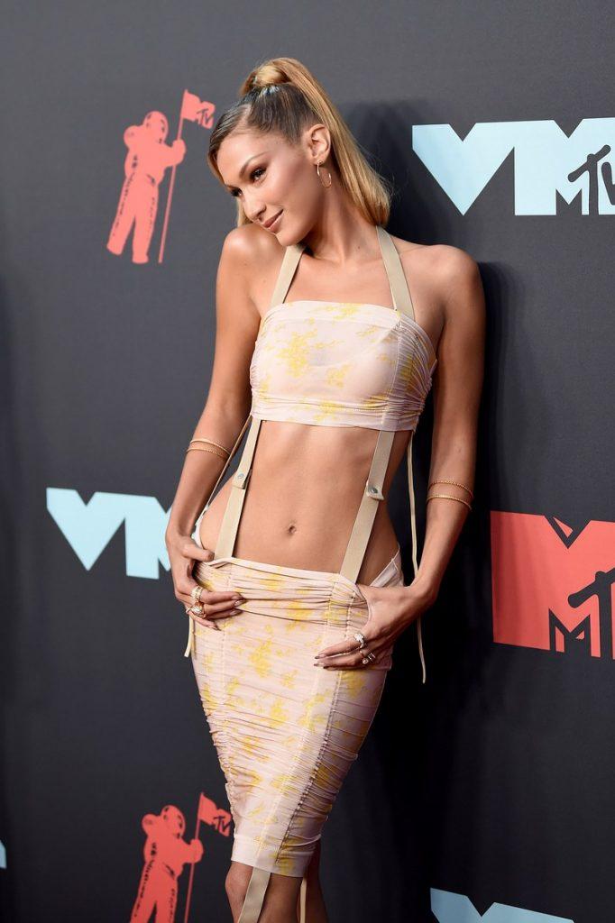 Bella Hadid| Hottest VMA 2019 Looks | Her Beauty