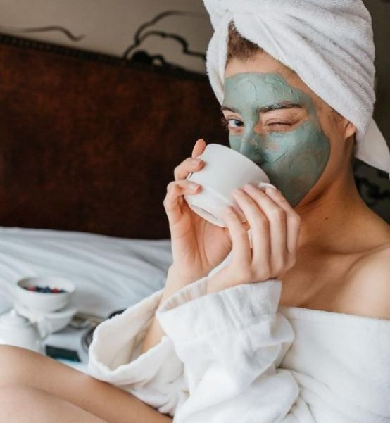 Try a few facemasks #2 | 7 Changes You Should Make to Your Skin-Care Routine in the Fall | Her Beauty