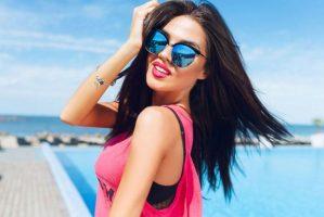 7 Cosas Que Las Chicas Piensan Que Impresionan A Los Chicos Pero No Lo Hacen | Her Beauty