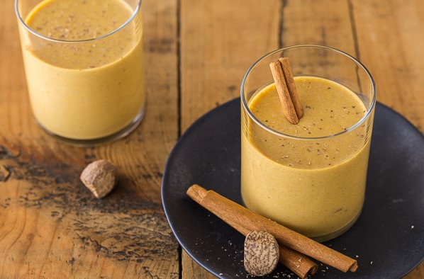 Pumpkin Pie Smoothie | 12Healthy Pumpkin Recipes Perfect for Fall | Her Beauty