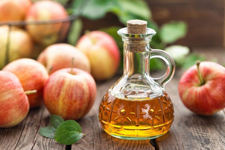 Apple cider vinegar  | 10 Best Natural Skin Exfoliators | Her Beauty