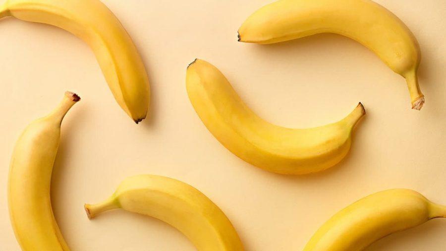 Bananas | Estos 7 alimentos mejorarán tu desempeño en el gimnasio | HerBeauty