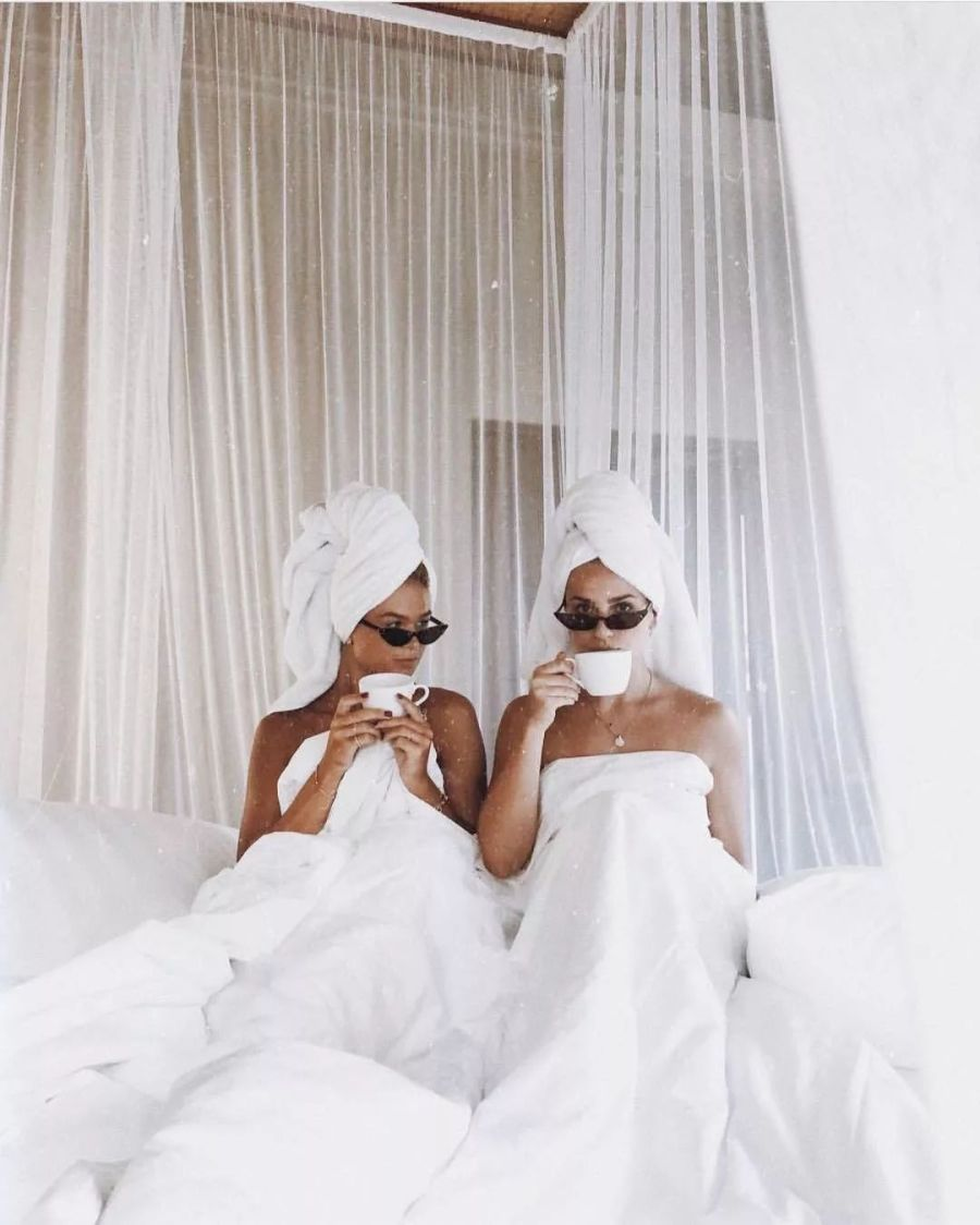 You have different sleep schedules  | 7 Signs Traveling With Your Bestie Is Not the Best Idea | Her Beauty