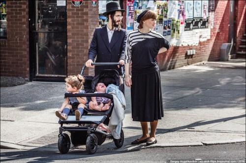 Одежда молодых религиозных евреев
