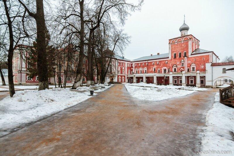 Корпуса Архиерейских палат, Вологда, Вологодский кремль, Архиерейский двор