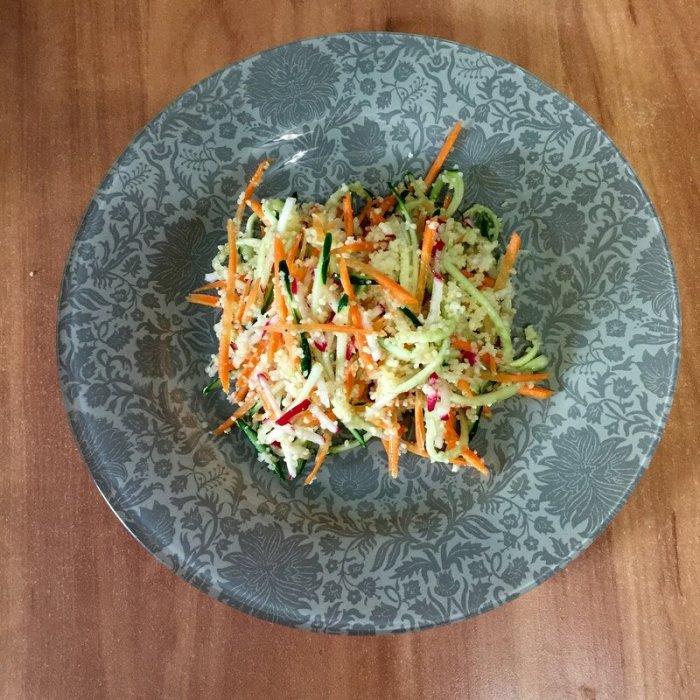 Салат из кускуса и овощей