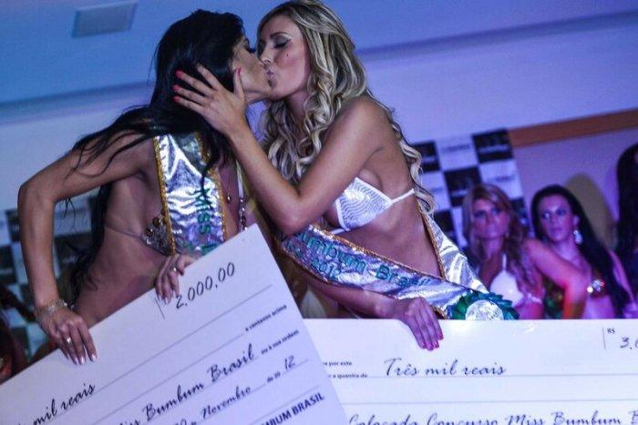 Участницы конкурса Мисс Задница готовы напреступление ради победы