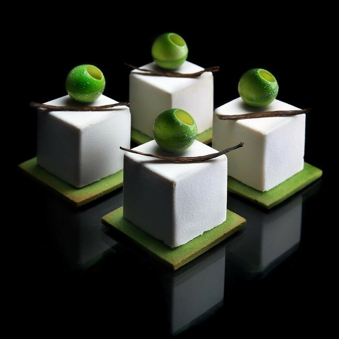 Когда архитектор Динара Каско печёт, её десерты слишком идеальны, чтобы их есть