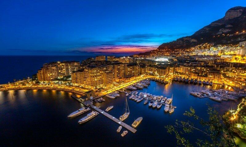 Intalnirea omului Monaco.