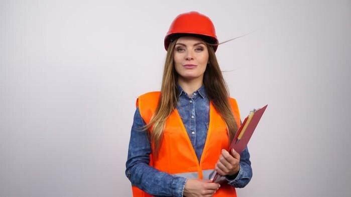 Женщина алкоголичка и фотографии женщины в строительной каске
