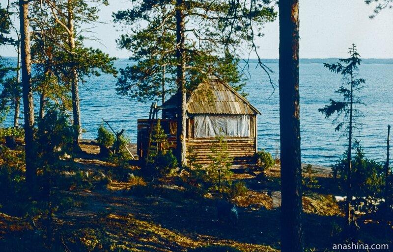 Избушка для туристов на Палей-острове, Онежское озеро