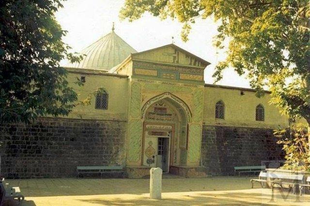Самые древние здания России, которые дожили до наших дней