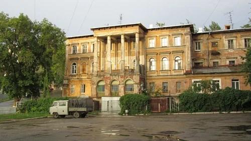 Из-за особняка Путилова к Азарову могут возникнуть вопросы?