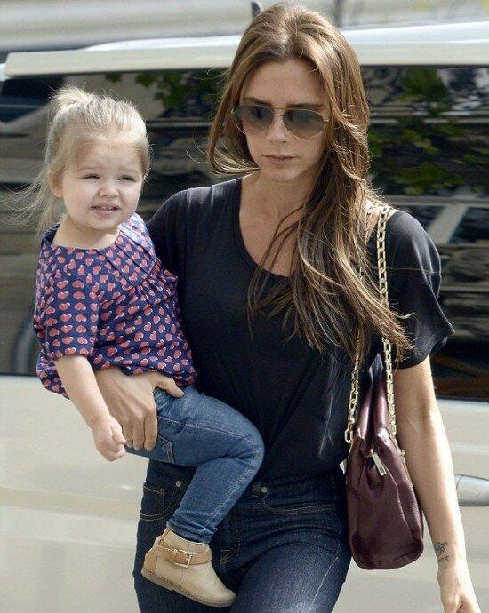 Харпер Бэкхем — единственная и долгожданная дочь модельера Виктории Бэкхем и футболиста Дэвида Бэкхема